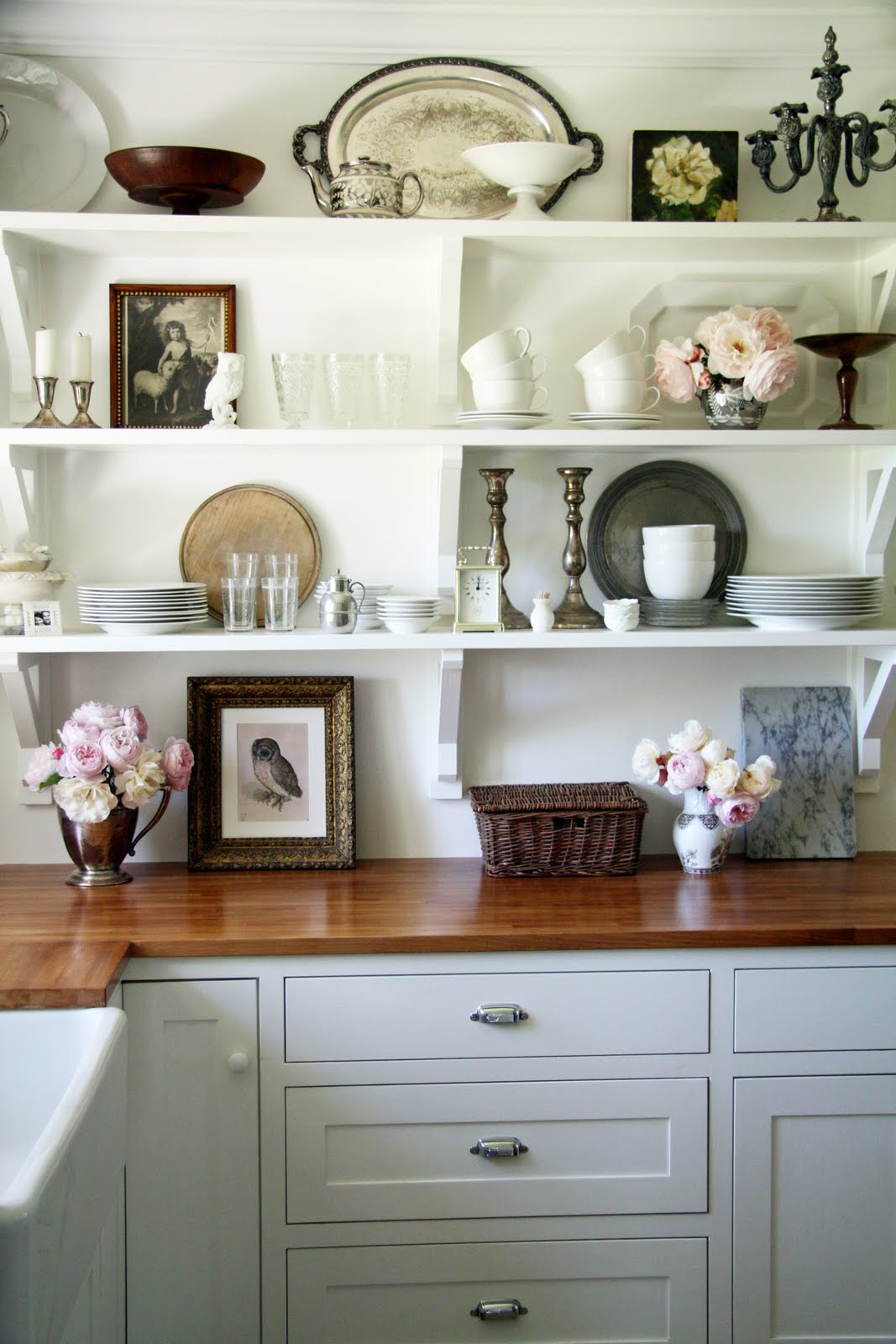 The Benefits Of Open Shelving In The Kitchen: Gorgeous Open Shelving In The Kitchen!